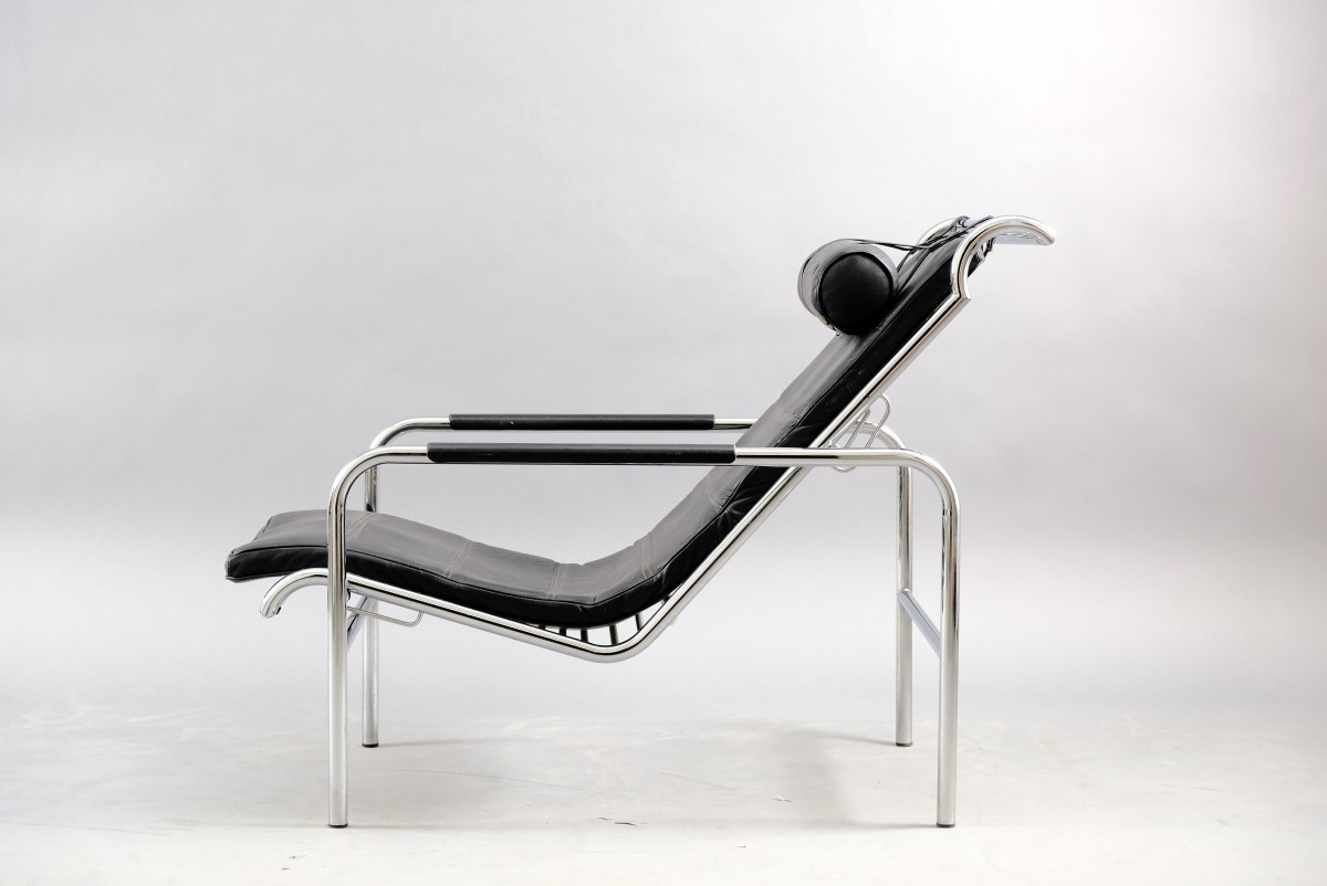Vintage Chrome and Black Leather Genni Lounge Chair by Mucchi for Zanotta, 1930s