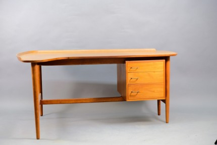 Mid-Century BO85 Teak Desk by Arne Vodder for Bovirke
