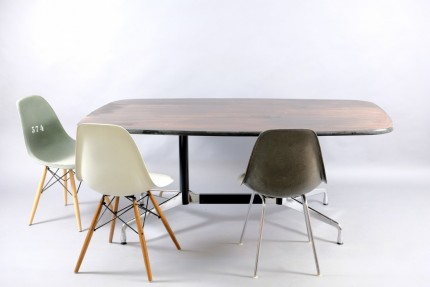 Mid-Century  Table With Boat Formed Shape by Charles and Ray Eames for Vitra, 1960er